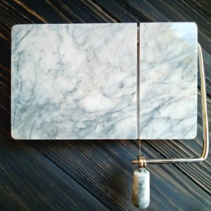 Струнный резак для мыла (мраморный)