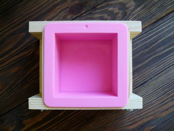 """Форма для мыла с нуля с силиконом """"Куб"""" 500 г"""